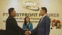 Bestprofit Duduki Peringkat Pertama Perusahaan Pialang Berjangka