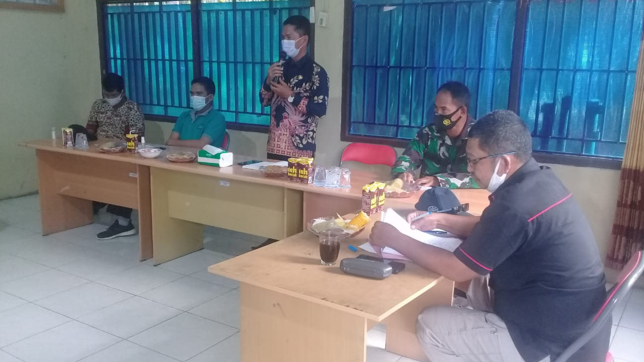 Camat Dusun Tengah Kunjungi Desa Saing