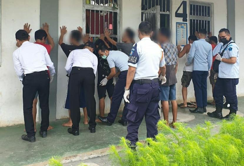 Lapas Banjarbaru Libatkan CPNS Periksa Kamar Hunian